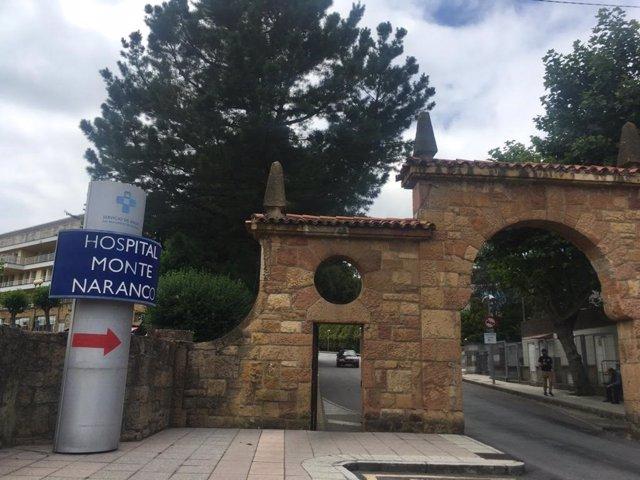 Punto de vacunación en el Hospital Monte Naranco, en Oviedo