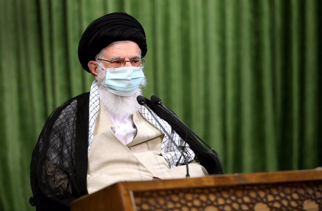 Archivo - El ayatolá Alí Hamenei, líder supremo de Irán