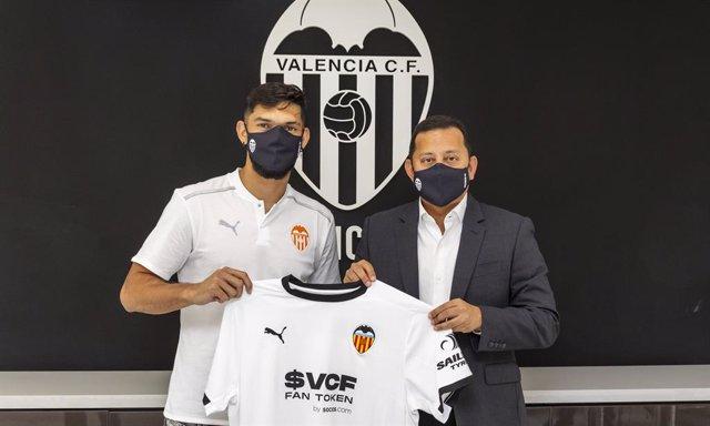 Omar Alderete llega al Valencia