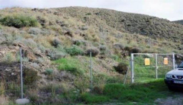 Archivo - Vallado en una de las zonas de acceso restringido en Palomares (Cuevas del Almanzora, Almería)