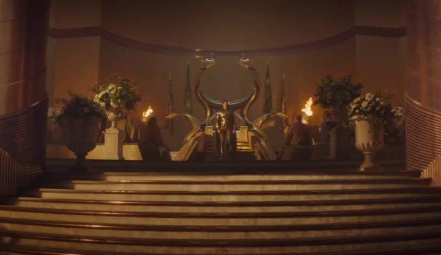 Loki coronado rey de Asgard en el capítulo final