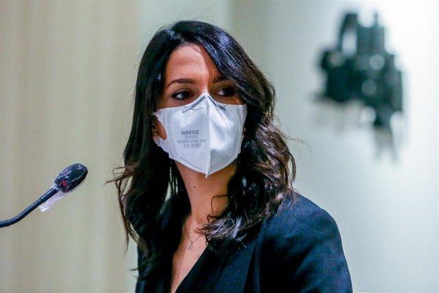 La presidenta de Ciudadanos, Inés Arrimadas, protagoniza el coloquio del Club Siglo XXI, en el Edificio Eurobuilding, a 8 de julio de 2021, en Madrid, (España).
