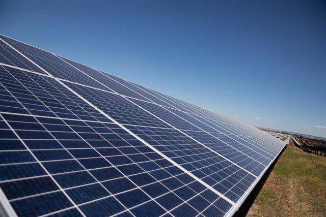 La planta solar de Amazon AWS, a 23 de junio de 2021, en Alcalá de Guadaíra, Sevilla (Andalucía, España).