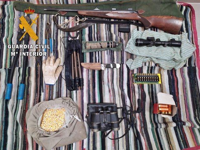 Efectos intervenidos para la caza furtiva