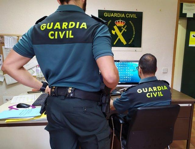 Archivo - Agentes de la Guardia Civil
