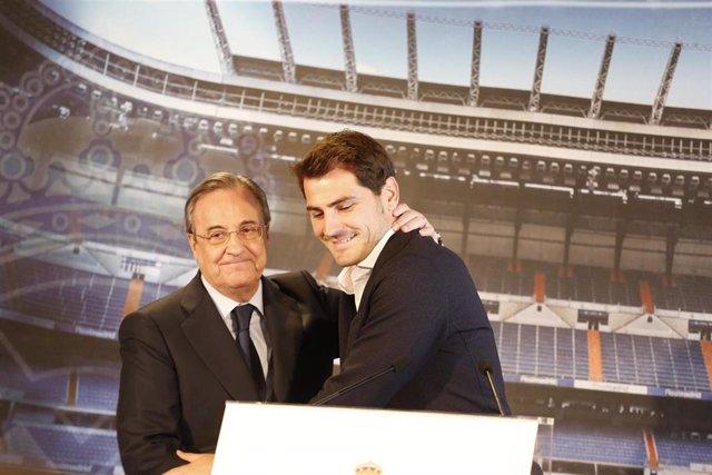 Archivo - Iker Casillas y Florentino Pérez en la despedida del jugador del club