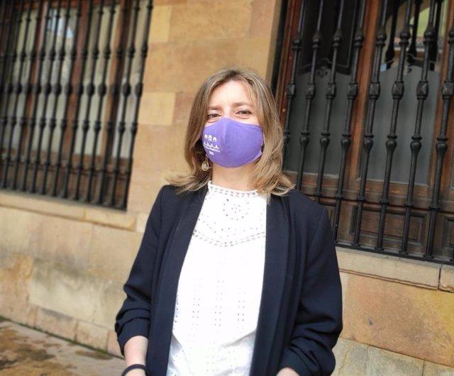 Archivo - La portavoz de Somos en el Ayuntamiento de Oviedo, Ana Taboada.
