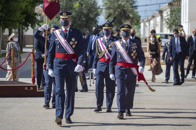 Su Majestad el Rey Felipe VI ha preside la entrega de Reales Despachos 2021 de nuevos oficiales a un total de 120 nuevos tenientes del Ejército del Aire que han finalizado sus estudios en la Academia General del Aire (AGA) de San Javier