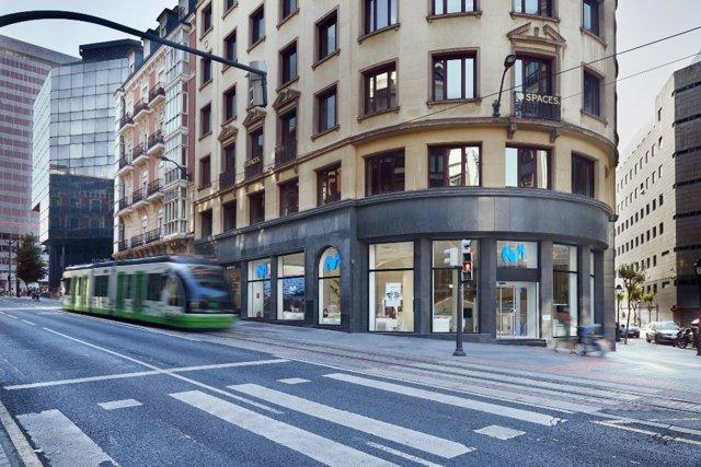 Nueva tienda piloto de Movistar en la calle Buenos Aires de Bilbao.
