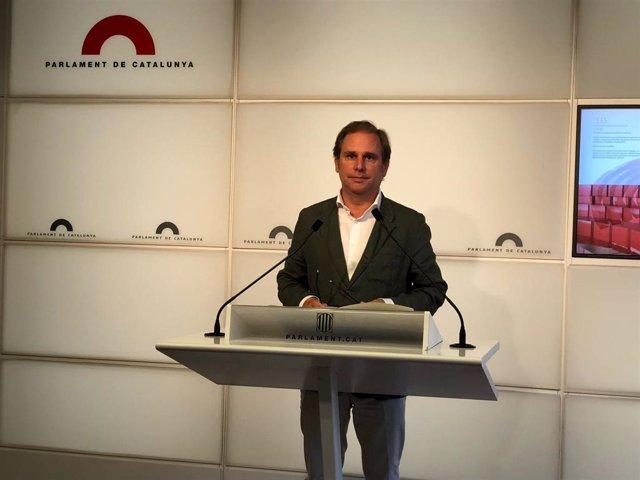 El portavoz de Vox en el Parlament, Joan Garriga, a 13 de julio de 2021 en la Cámara catalana
