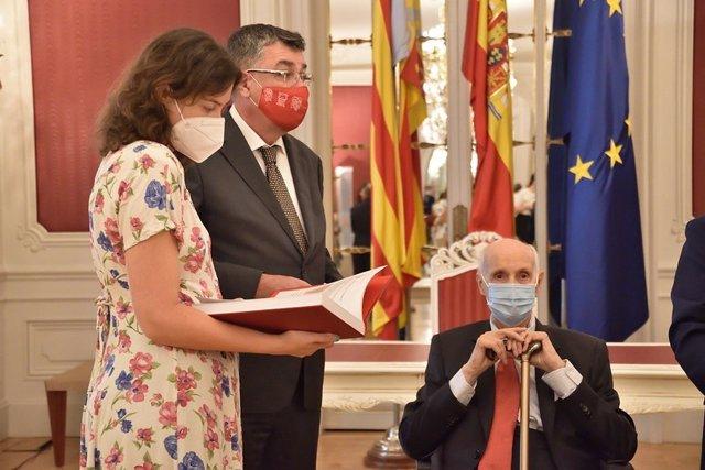 Entrega de la memoria 2020 del CVC a Les Corts Valencianes