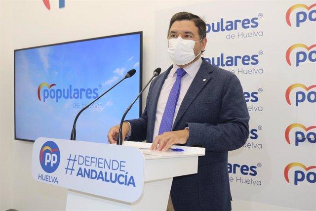 El secretario general del PP de Huelva y senador por la provincia onubense, José Enrique Sánchez.