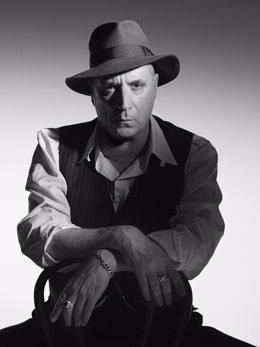 Archivo - Imagen del cantante de rock Loquillo, que actuará en Tomares
