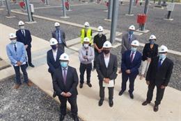 El vicepresidente y consejero de Industria, Competitividad y Desarrollo Empresarial, Arturo Aliaga, ha visitado la subestación de Cariñena (Zaragoza).