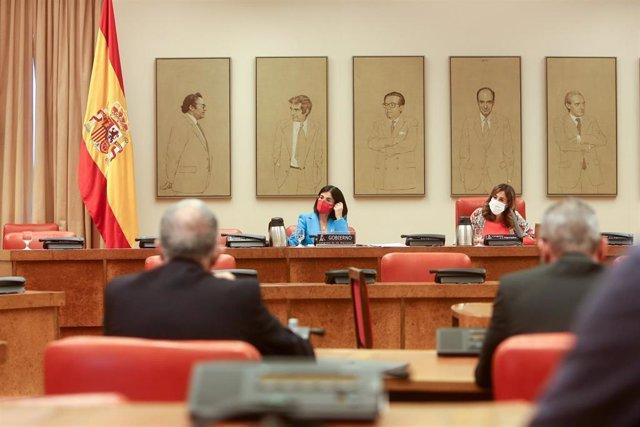 La ministra de Sanidad, Carolina Darias, comparece en la Comisión de Sanidad y Consumo en el Congreso de los Diputados, a 13 de julio de 2021, en Madrid (España).