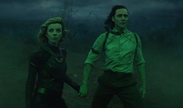 """Tom Hiddleston promete que el final de Loki revelará quién dirige la AVT: """"El tiempo lo dirá"""""""
