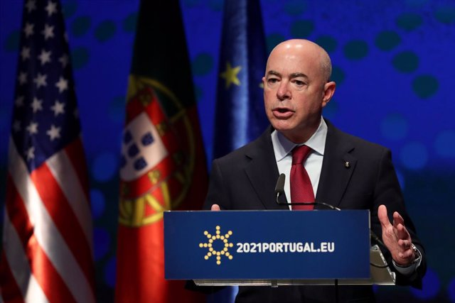 22 June 2021, Portugal, Lisbon: US Secretary of Homeland Security Alejandro Mayorkas attends a joint press conference after the EU-US Justice and Home Affairs Ministerial Meeting under the Portuguese presidency of the EU Council, at Centro Cultural de Bel