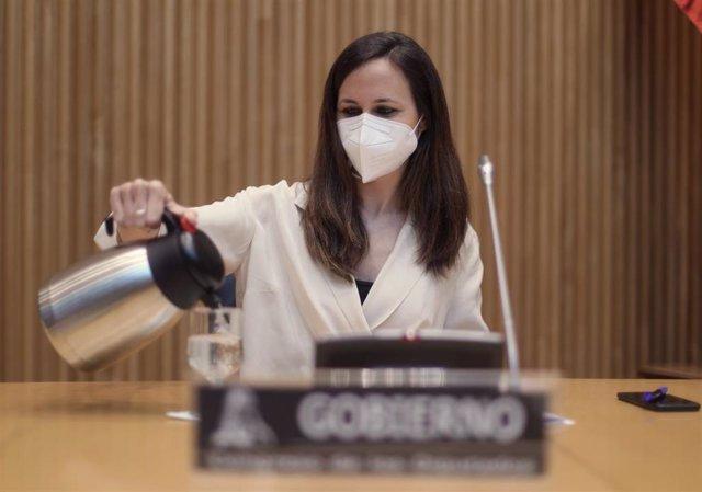 Archivo - La ministra de Derechos Sociales y Agenda 2030, Ione Belarra.