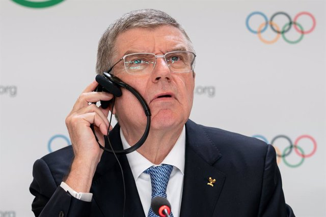 Archivo - FILED - 10 January 2020, Switzerland, Lausanne: International Olympic Committee President Thomas Bach attends a press conference. The postponed Tokyo 2020 Games must take place in 2021 or not at all, the International Olympic Committee (IOC) chi