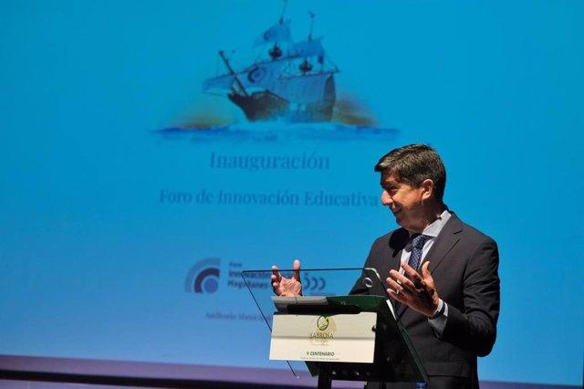 El vicepresidente de la Junta de Andalucía, Juan Marín, durante su intervención en el 'Foro Internacional de Innovación Educativa Magallanes Elcano'