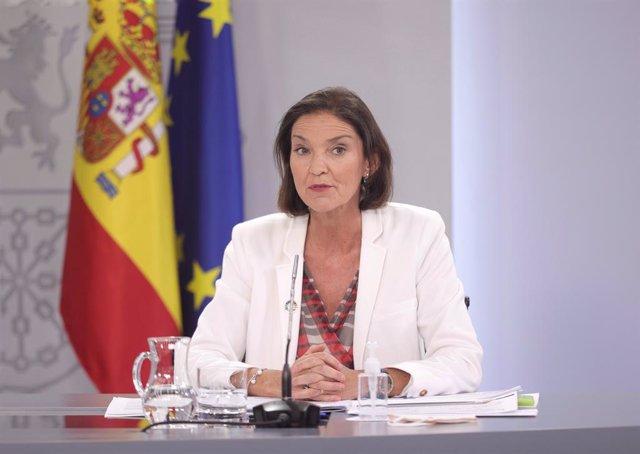 La ministra de Industria, Comercio y Turismo, Reyes Maroto, comparece en la rueda de prensa posterior al primer Consejo de Ministros tras la remodelación del Gobierno, a 13 de julio de 2021, en Madrid (España). Hoy se ha celebrado el primer Consejo de Min