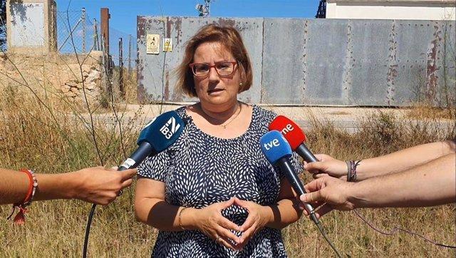 La portavoz del PP en el Ayuntamiento de Palma, Mercedes Celeste, atiende a los medios.