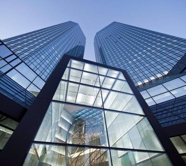 Archivo - Sede central de Deutsche Bank en Frankfurt am Main (Alemania)