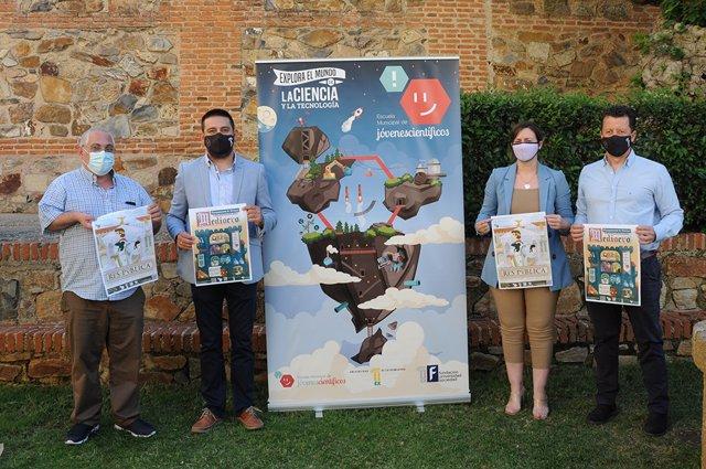 Casas del Monte y Pinofranqueado reciben este verano a las Escuelas Municipales de Jóvenes Científicos