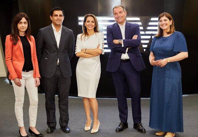 Schiller International University e IBM formarán en tecnología aplicada a los negocios en España
