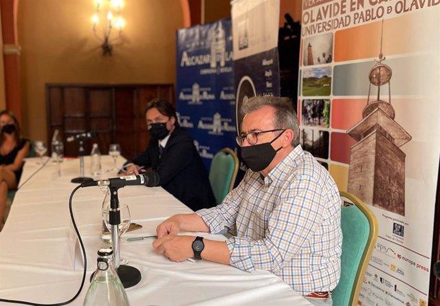 El experto en historia ambiental Manuel González  en los Cursos de Verano de la UPO en Carmona (Sevilla)