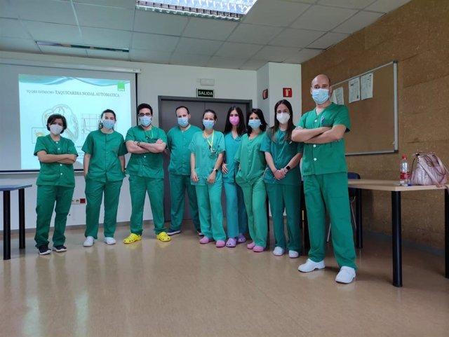 Profesionales de Enfermería de UCI en una de las sesiones de acogida.