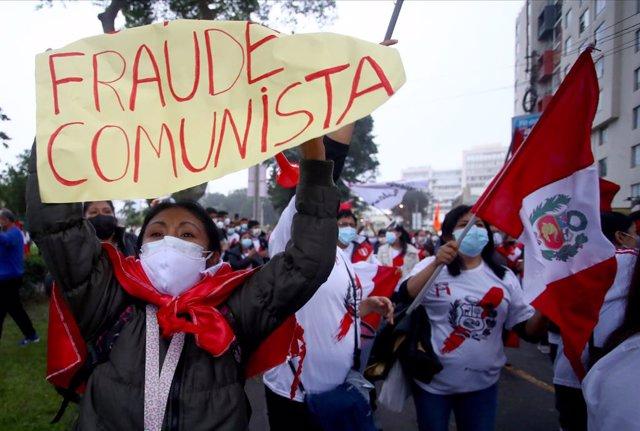 Manifestación contra Pedro Castillo en Perú