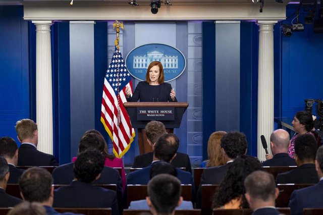 Jen Psaki durante una conferencia de prensa