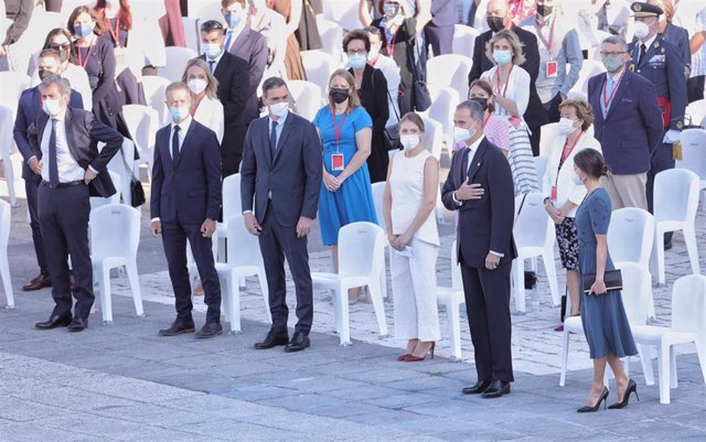 Homenaje de Estado a las víctimas del Covid en el Palacio Real, presidido por los Reyes.