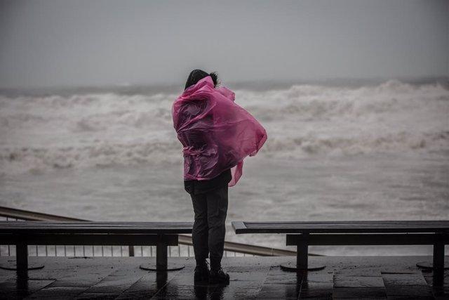 Archivo - Arxiu - Imatge de recurs d'un episodi de fortes pluges al litoral català