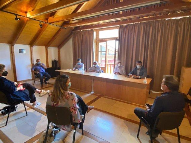 Beamonte se ha reunido con la Asociación Empresarial 'Valle de Tena'