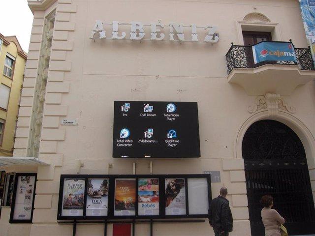 Archivo - Fachada Del Cine Albéniz