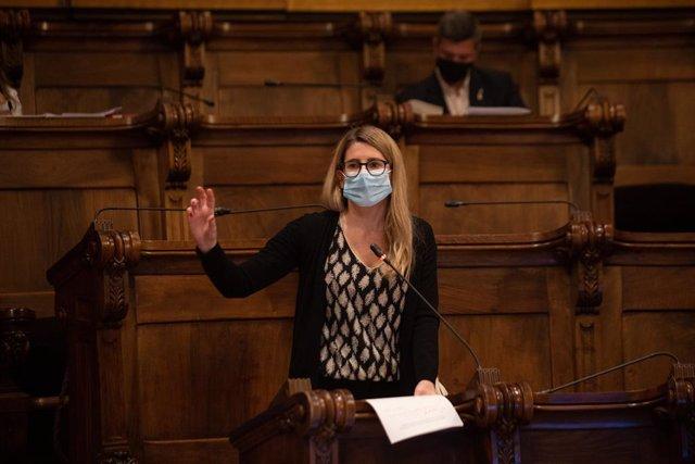 Archivo - Arxivo - La portaveu de JxCat a l'Ajuntament de Barcelona, Elsa Artadi, durant una sessió plenària del Consell municipal de l'Ajuntament de Barcelona, Catalunya (Espanya), a 26 de febrer de 2021.