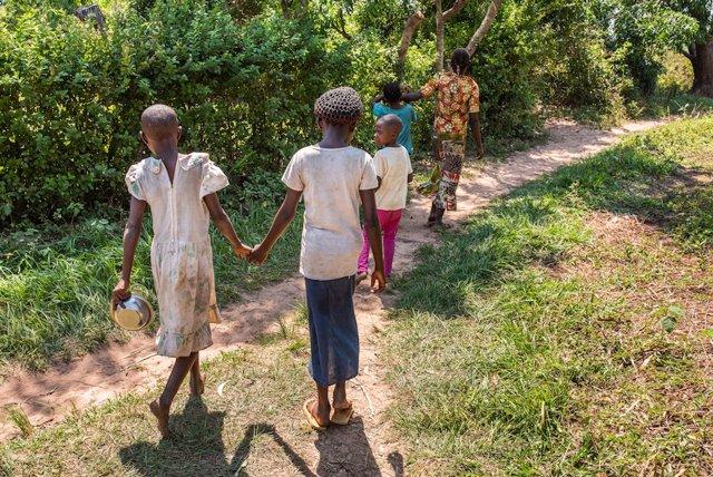 Archivo - Niñas en República Democrática del Congo