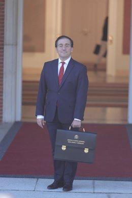 El ministro de Asuntos Exteriores, Unión Europea y Cooperación, José Manuel Albares, llega al Palacio de la Moncloa para participar en el primer Consejo de Ministros tras la remodelación del Gobierno, a 13 de julio de 2021, en Madrid (España). Hoy se cele
