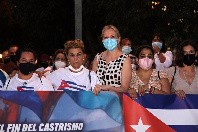 María José Ros, secretaria de Organización de Ciudadanos en la Región, participa en la manifestación