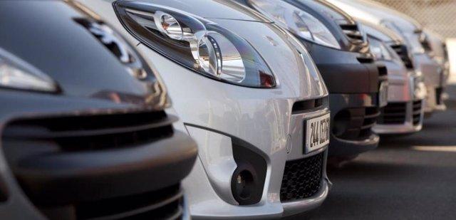 Archivo - Las ventas de vehículos de ocasión