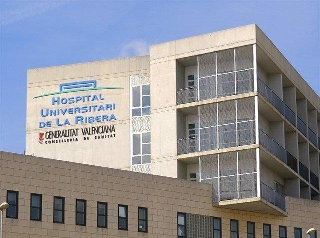 Archivo - Imagen de archivo del Hospital de Alzira