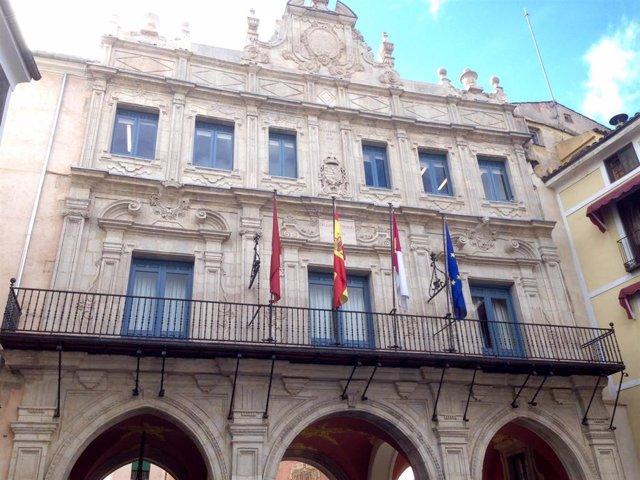 Archivo - Fachada Ayuntamiento de Cuenca