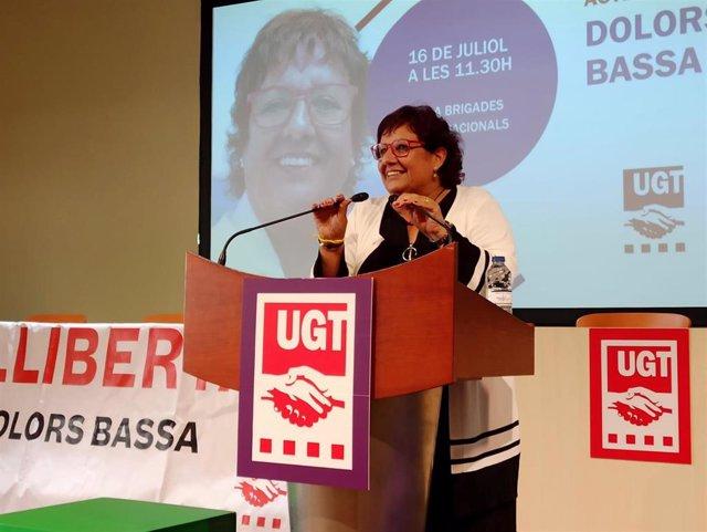 La exconsellera Dolors Bassa en un acto en su honor en la UGT Catalunya.