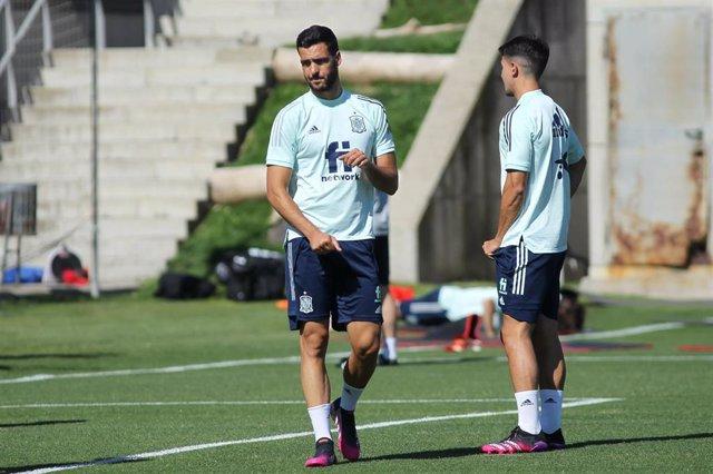 Mikel Merino durante un entrenamiento de la selección olímpica española en Las Rozas