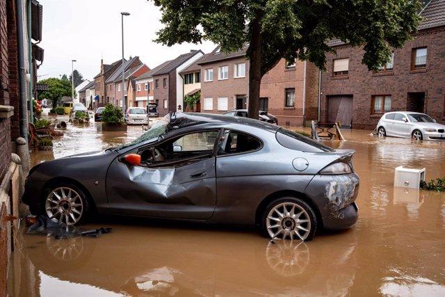 Imagen de archivo de una calle arrasada por el agua en Alemania.