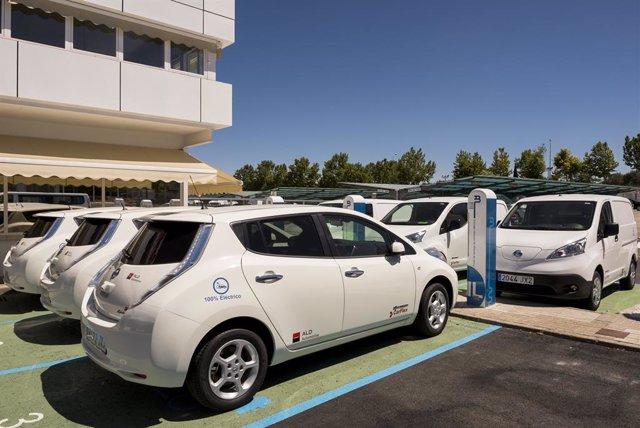 Archivo - Economía/Motor.- El 30% de los vehículos matriculados por ALD Automotive hasta abril tenía etiqueta 'ECO' o 'Cero'