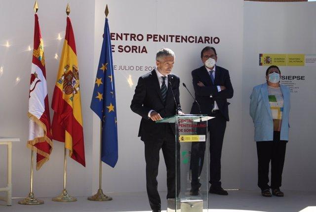 Grande-Marlaska inaugura la nueva cárcel de Soria.
