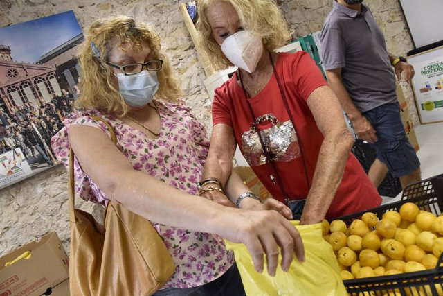 """La Fundación """"la Caixa"""", con el apoyo de CaixaBank, recauda 146.747 euros para los Bancos de Alimentos de la Comunidad Valenciana."""